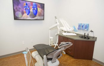 dental chair in a treatment room at Smile Structure Dentistry & Braces San Antonio, TX